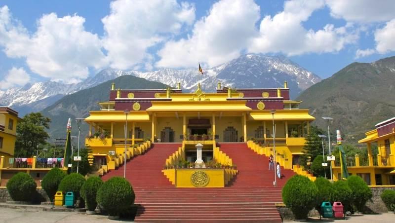 dalai-lama-temple-dharamsala