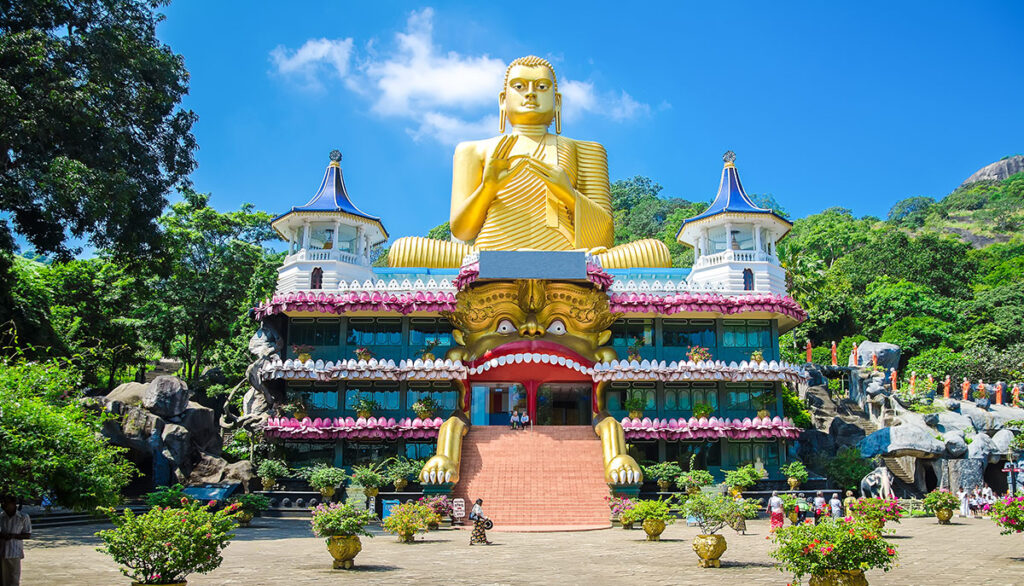 Sri-Lanka-Buddha_temple