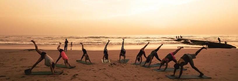 morocco-yoga-beach_